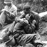 soldier_comforts_buddy